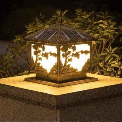 Đèn trụ cổng năng lượng mặt trời cây tùng