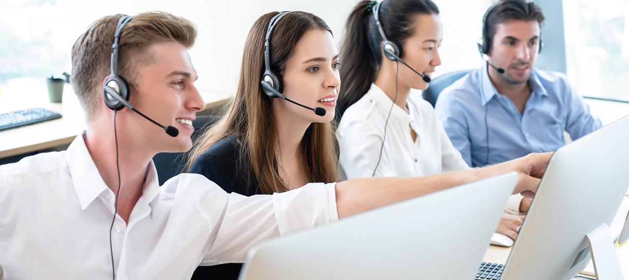 Tại sao tai nghe call center lại quan trọng đến vậy?